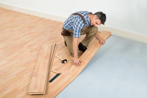 2020 Cost to Install Laminate Flooring Installing