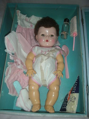 Vintage Tiny Tears American Character Doll With Layette