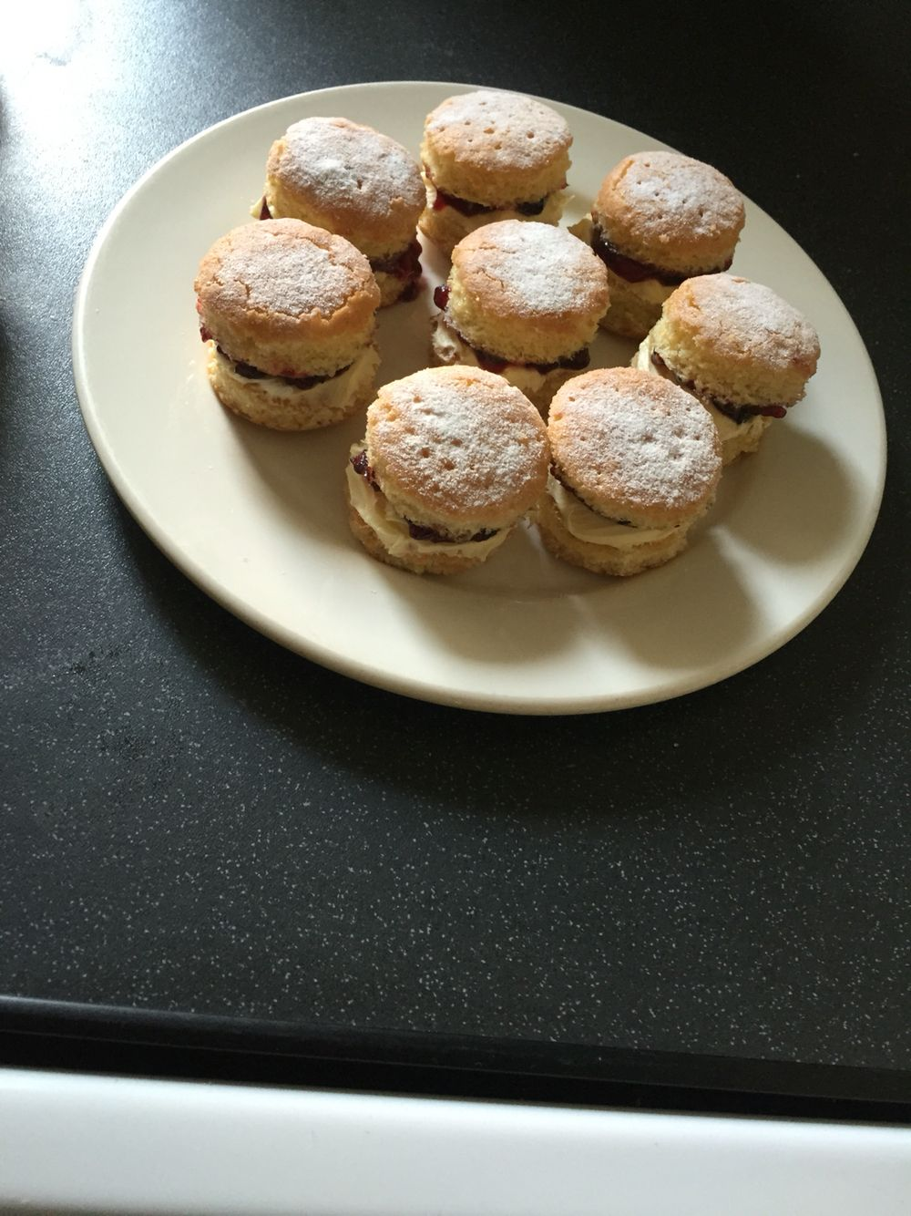 Mini scones. How do you say it???