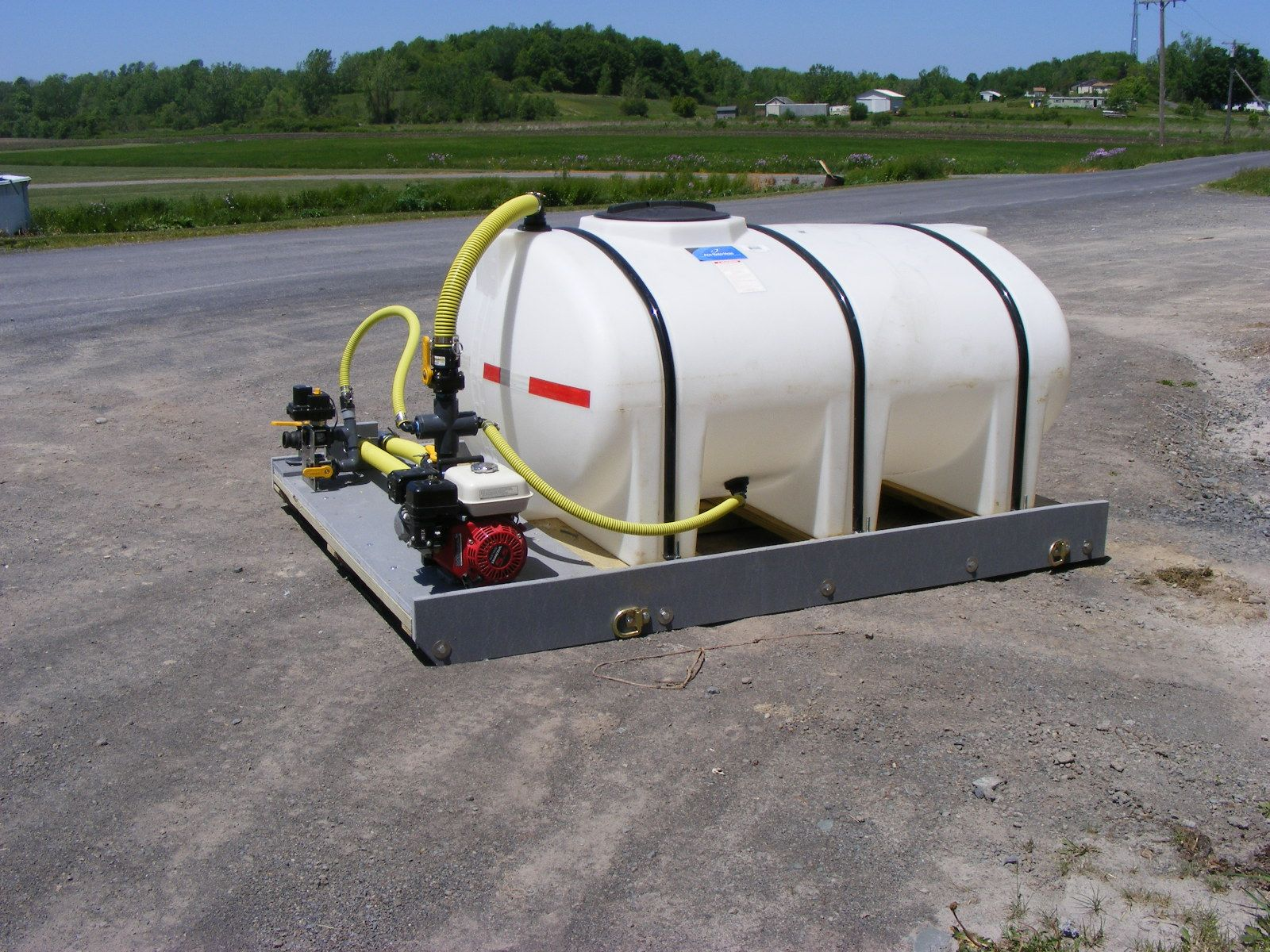 1035 Gallon Skid Mounted De-icing Sprayer Includes
