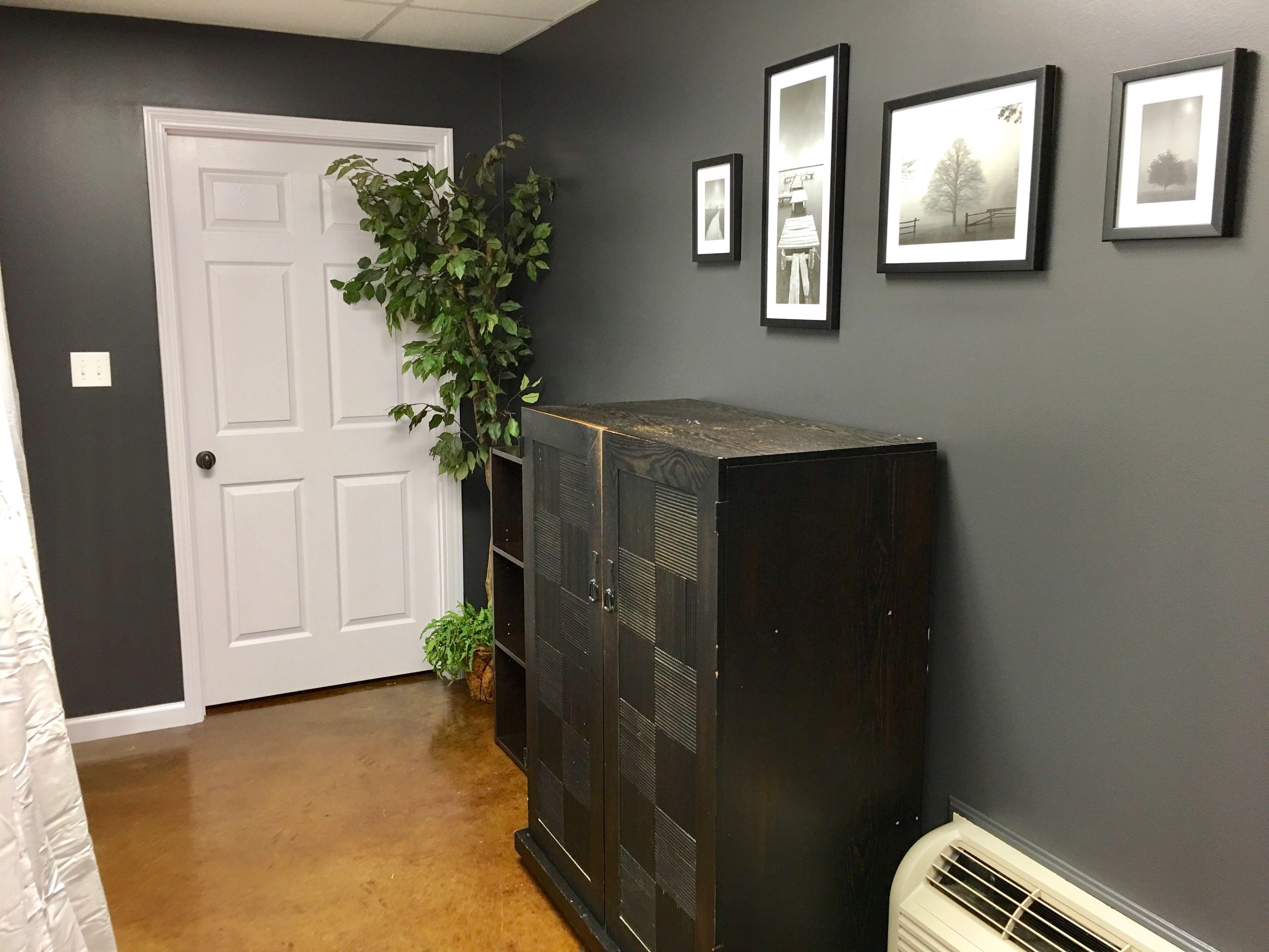 Massage Therapy Studio Modern Office Massagefit Wynne Ar Modern Room Office Decor Black Decor