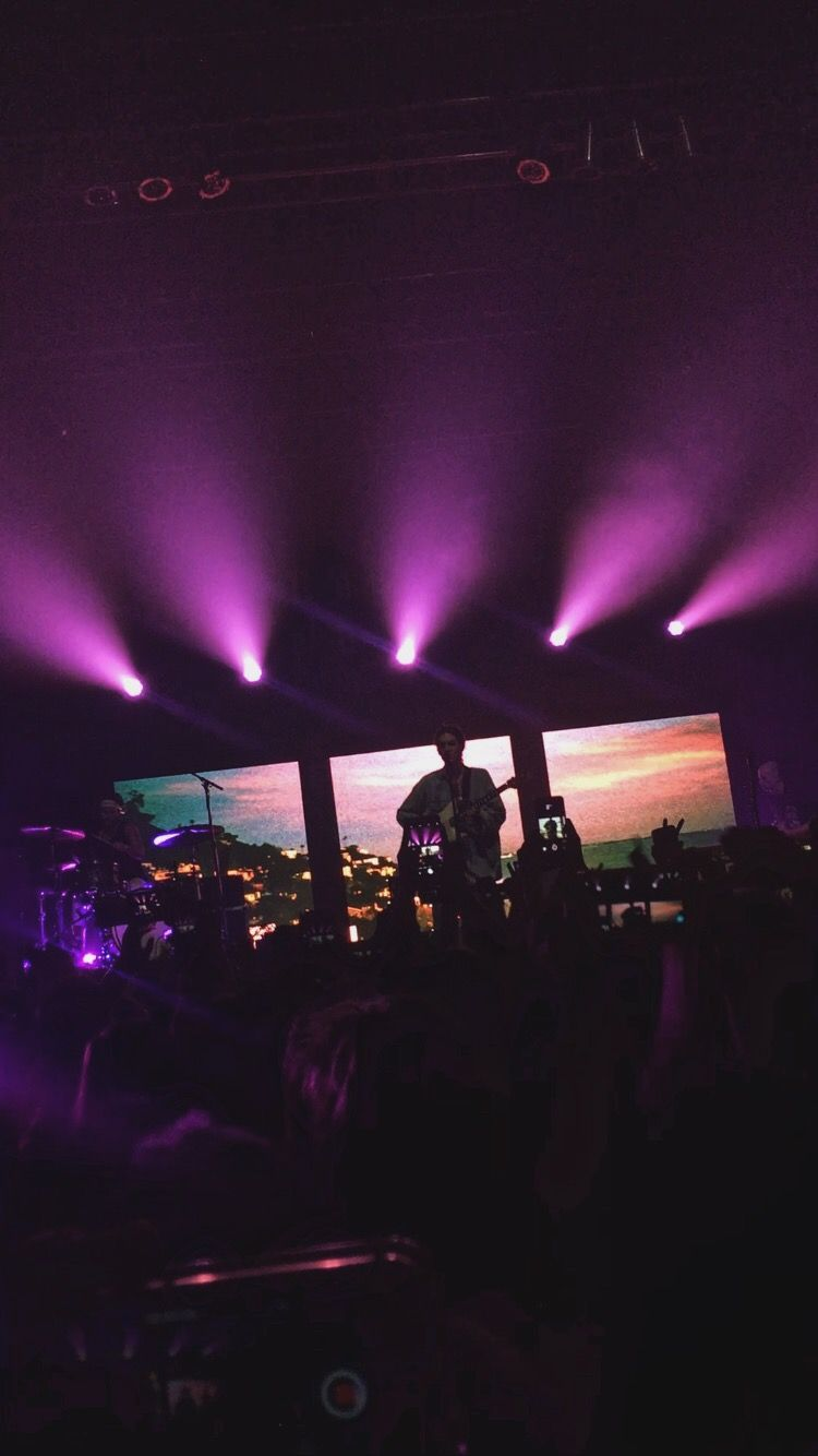 pink skies, kinda, LANY, November 2016