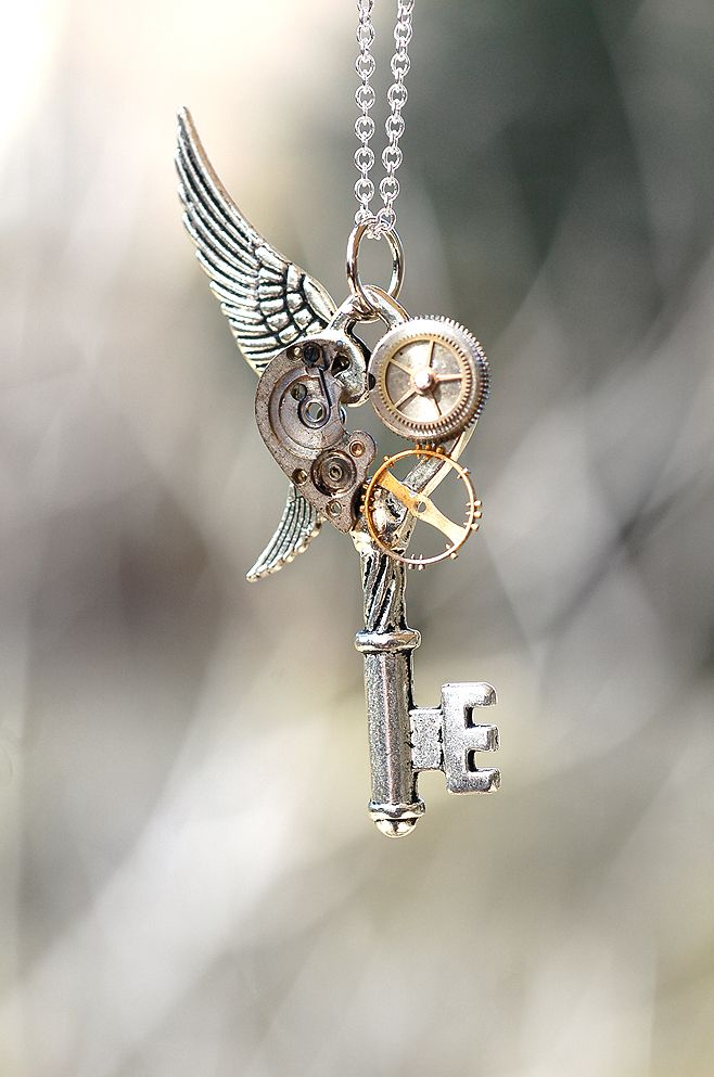15c51597b4494 Top 25 Steampunk Jewelry Designs that Will Blow Your Mind ...