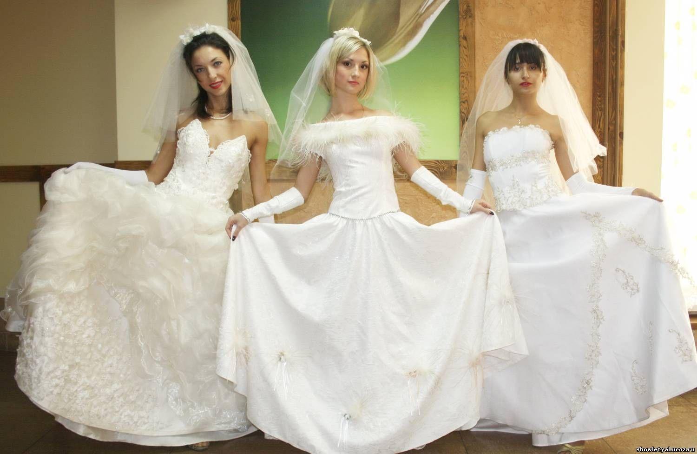 Белое платье, белая фата