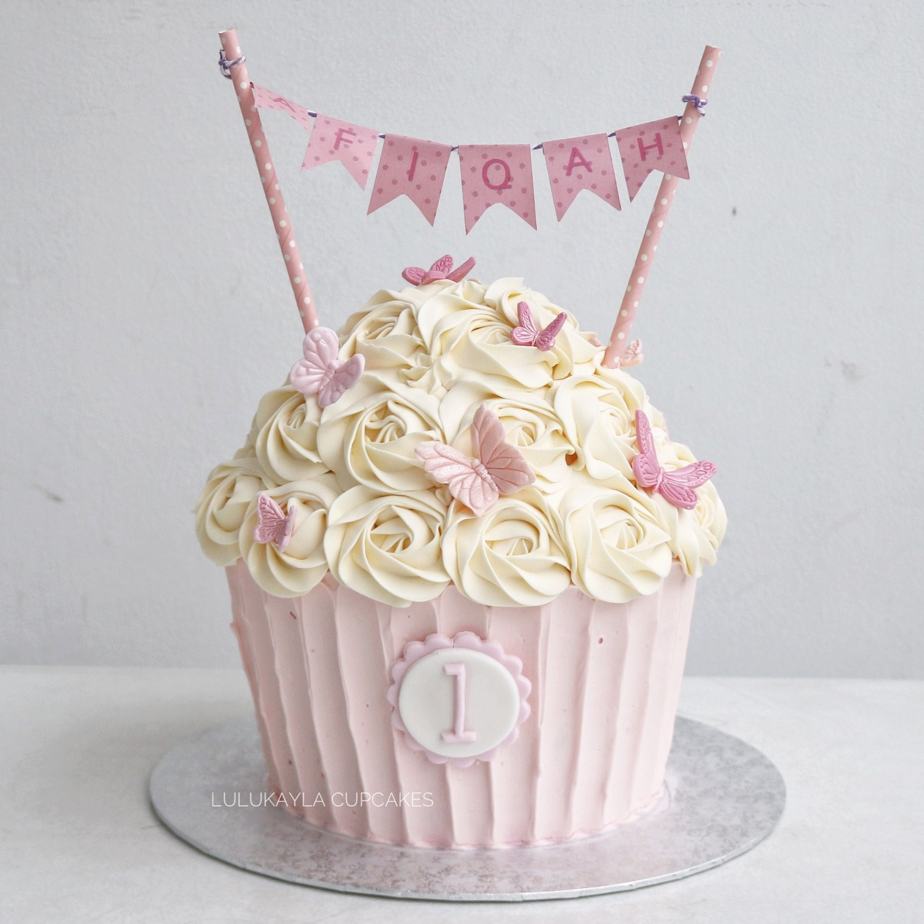 Admirable Pink Giant Cupcake With Images Cupcake Birthday Cake Large Funny Birthday Cards Online Necthendildamsfinfo
