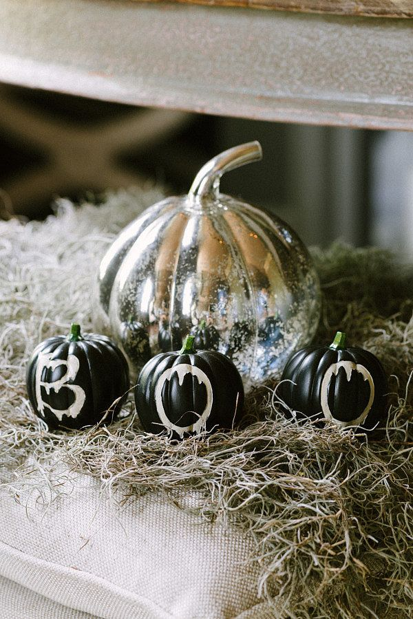 You\u0027ll Want to Pin This Hauntingly Beautiful Halloween Bash - when should you decorate for halloween
