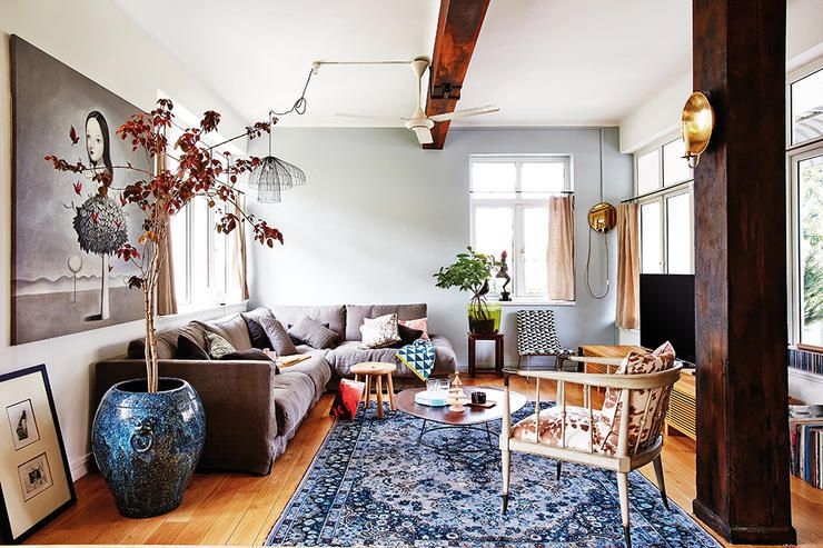 Eclectic Homes For Those Who Hate Cookiecutter Designs  Cookie Beauteous Odd Shaped Living Room Design Design Ideas