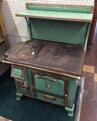 The Majestic Antique Wood Cook Stove In Green Wood Stove Decor Wood Stove Stove Decor