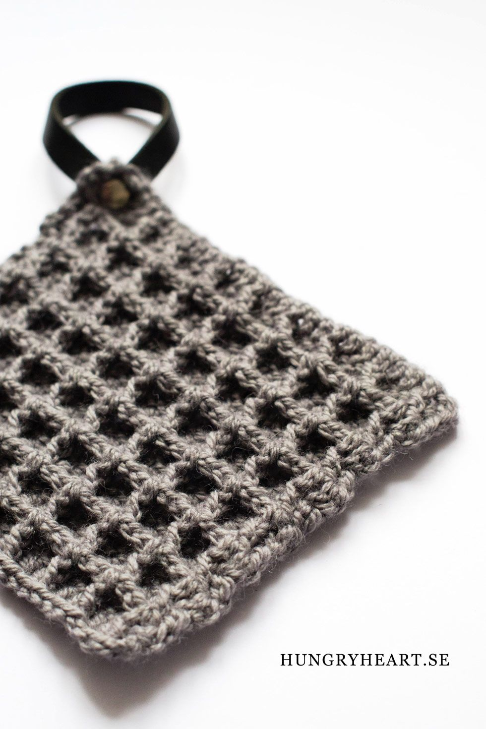 DIY Waffle Stitch Crochet Potholder | Hungry Heart | Art | Pinterest ...