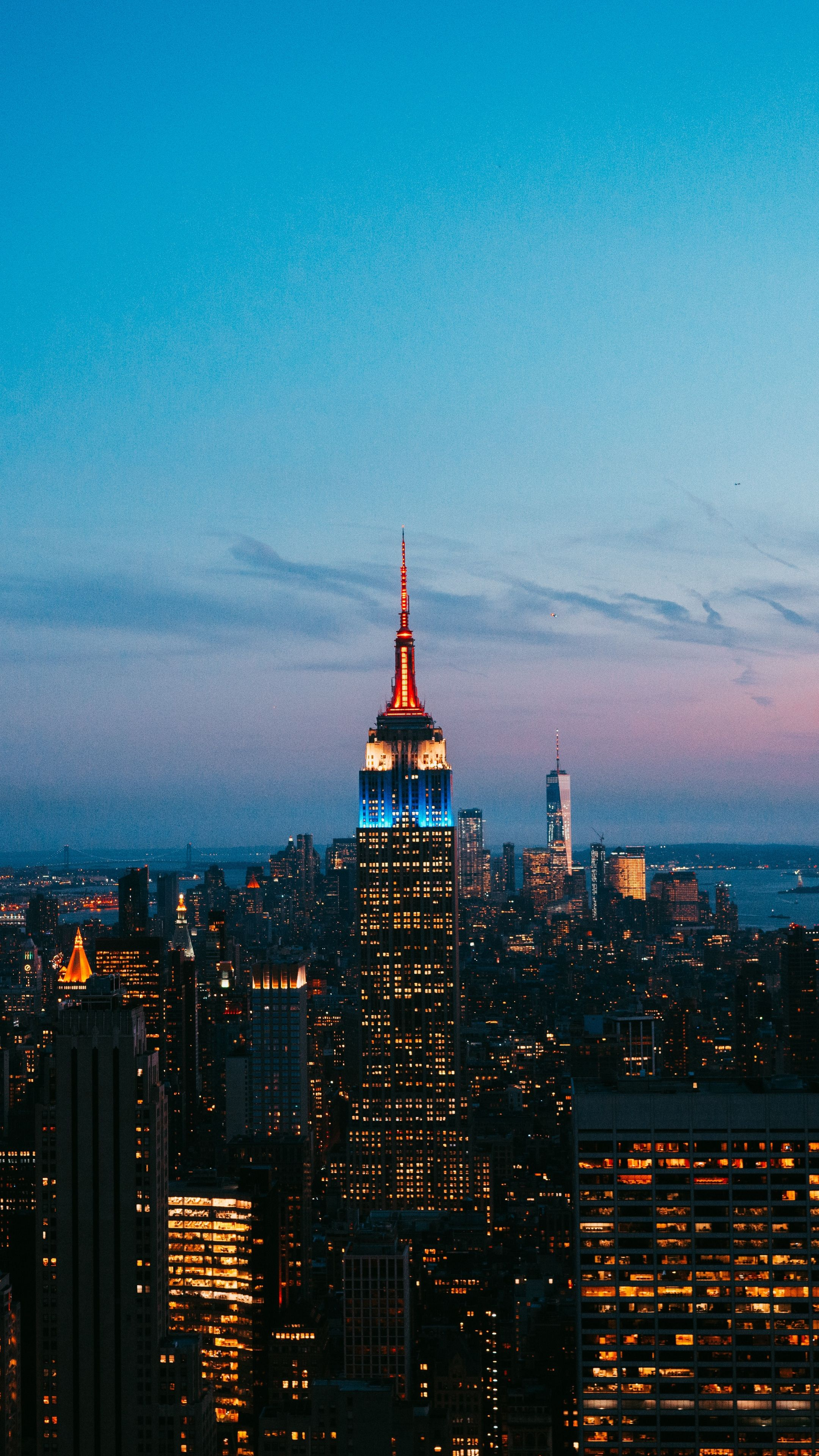 Places Newyork Unitedstates Skyscrapers Wallpapers Hd 4k Background For Android City Wallpaper New York Wallpaper City Photography