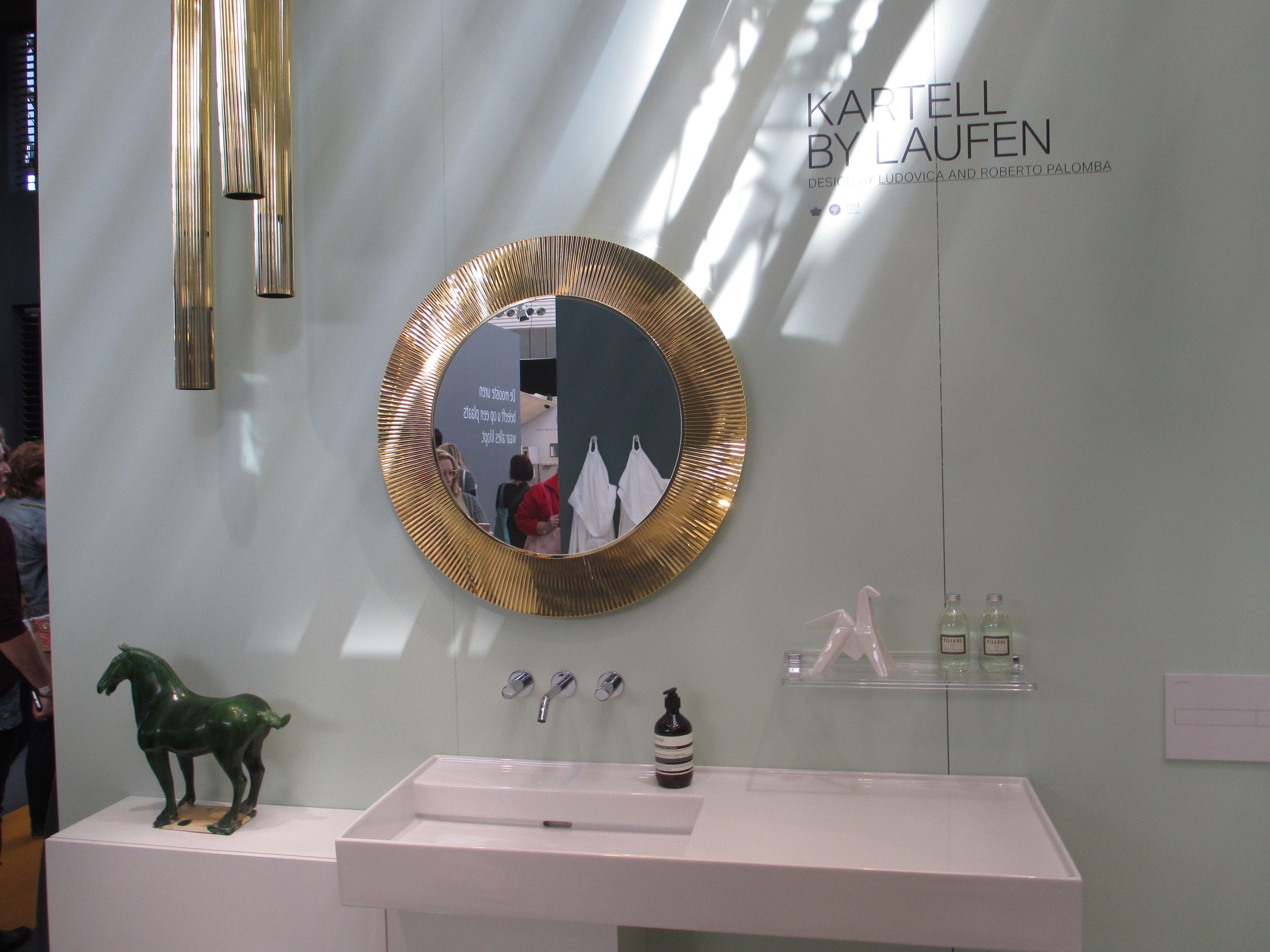 Ronde Spiegel Badkamer : Wandmontage luxe sanitair badkamer bad ronde spiegel kabinet