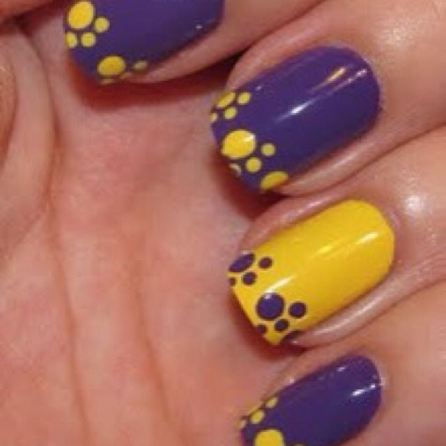 Western Nail Art: Minion Nail Art On Pinterest