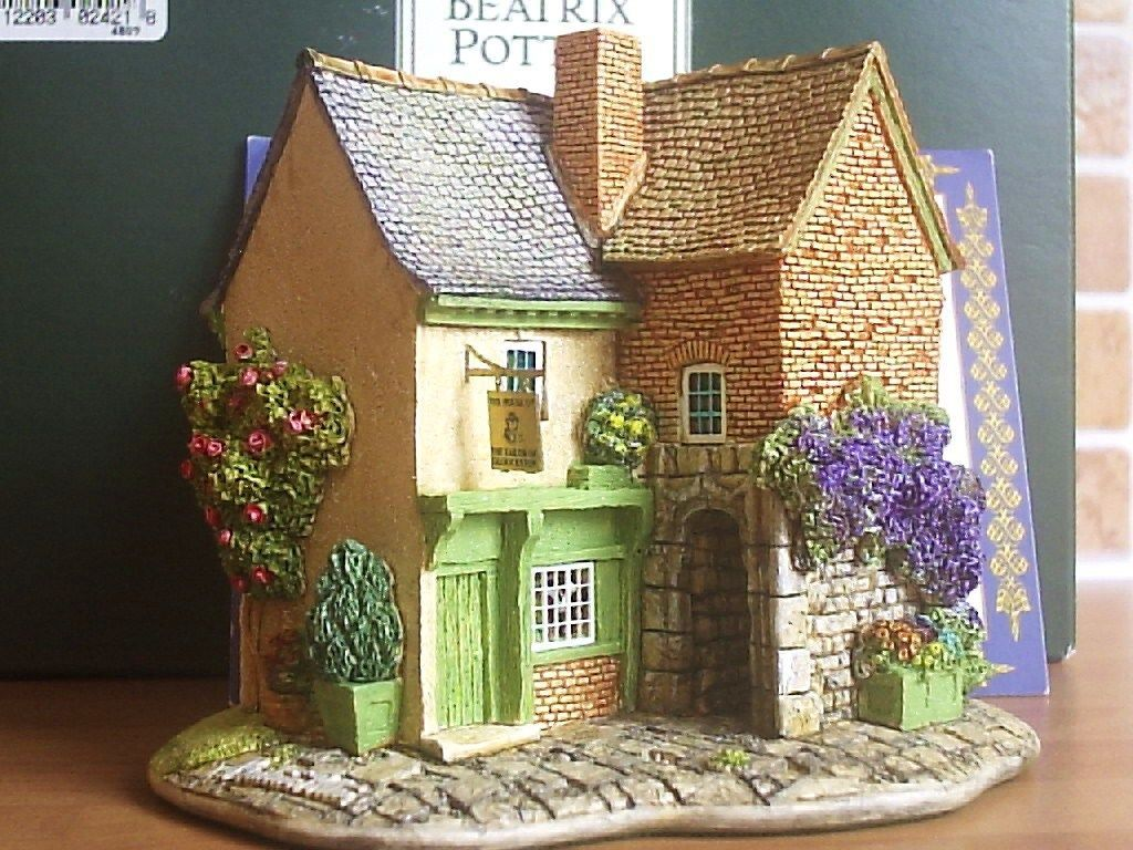Lilliput Lane House of The Tailor of Gloucester Beatrix Potter Collection | eBay