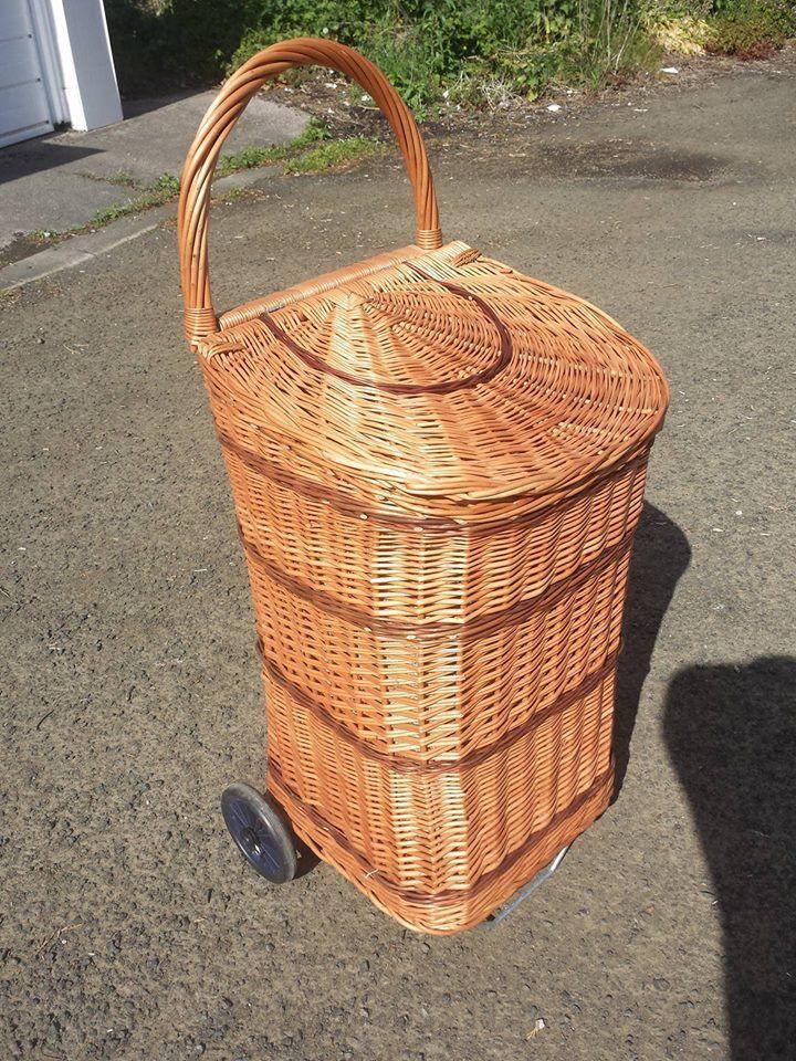 Big Luxury Wicker Trolley Willow Log Shopping Trolley Basket