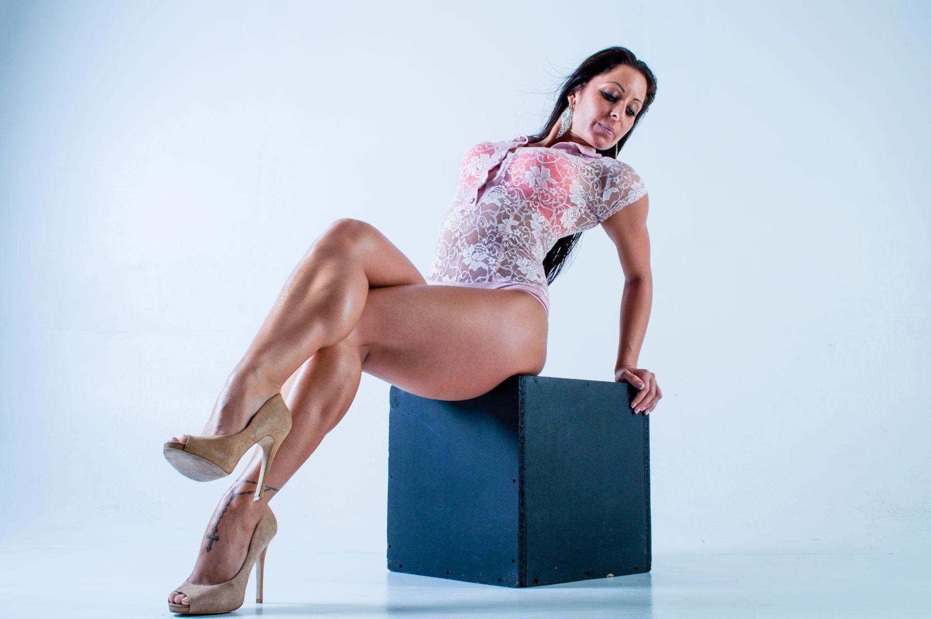 Kinky Women Pics