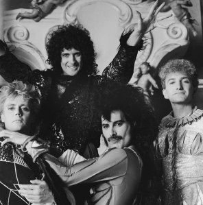 Queen Photos | Queen, Music, Freddie Mercury, Brian May, Roger Taylor, John Deacon, Photos, Rare