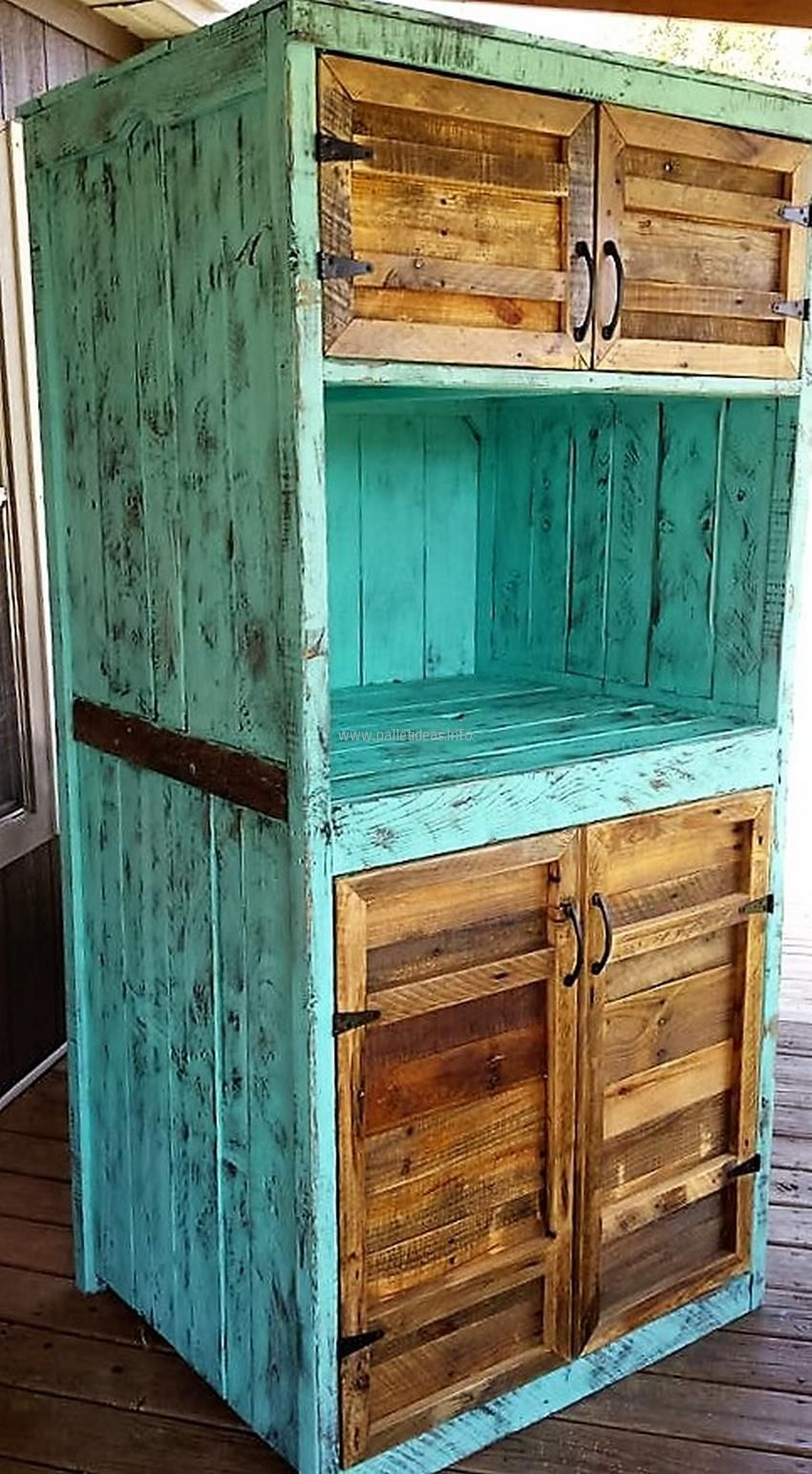 wood-pallet-closet | For the Home | Pinterest