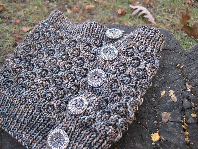 A Perfect One Skein Project This Cowl Knits Up With One Skein Of