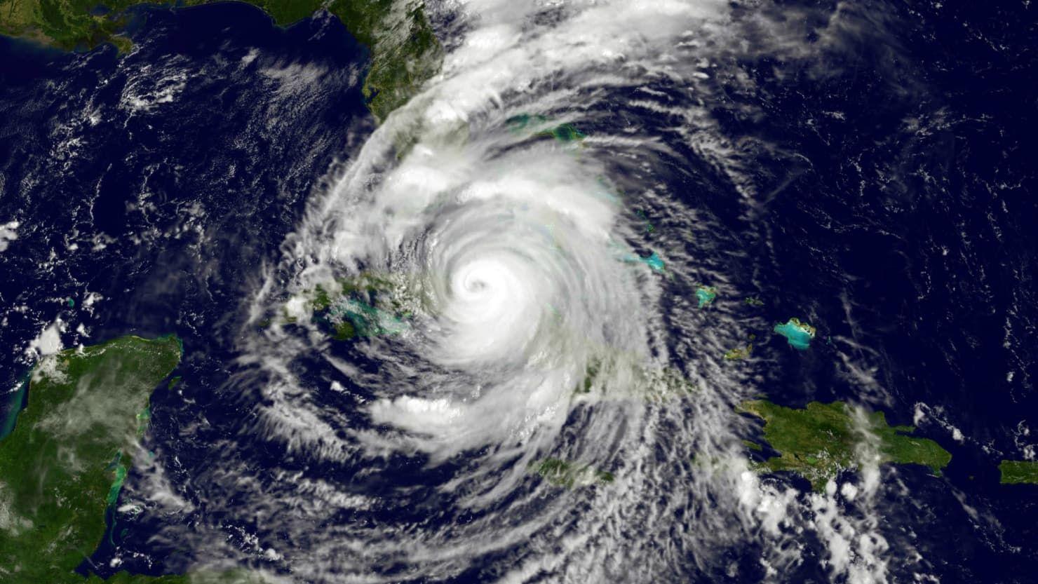 Hurricane Florence Could Hit The East Coast Next Week Hurricane Names East Coast Nuclear Bomb