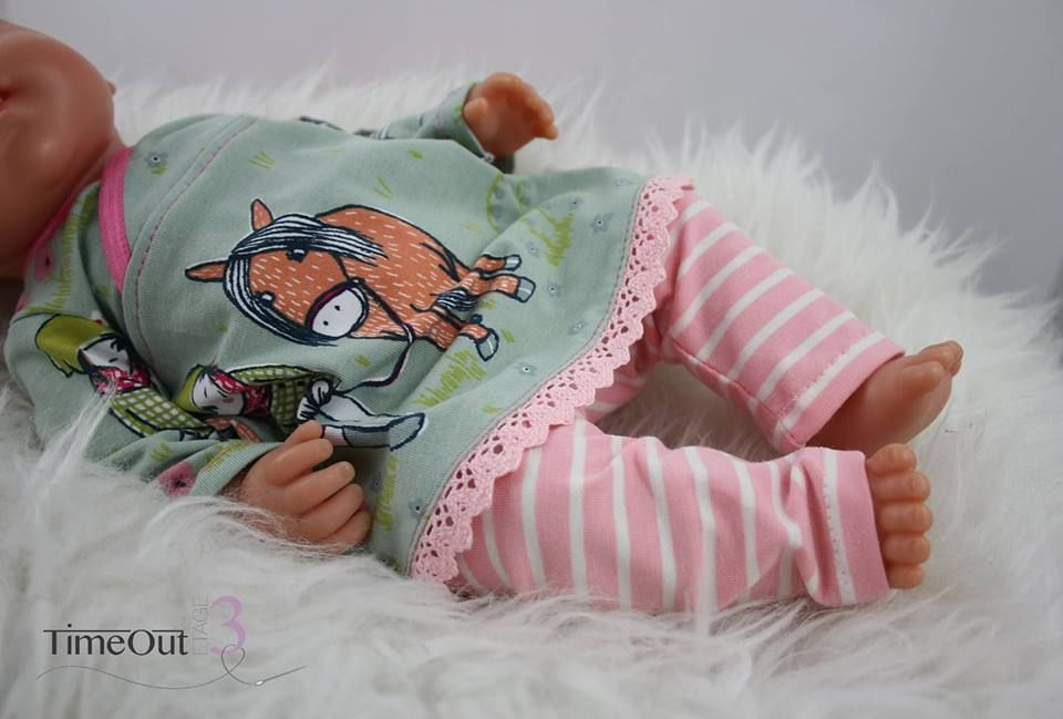 Lieblings-Tunika und Leggings für Puppen: Freebie bei Stoff & Liebe #dollaccessories