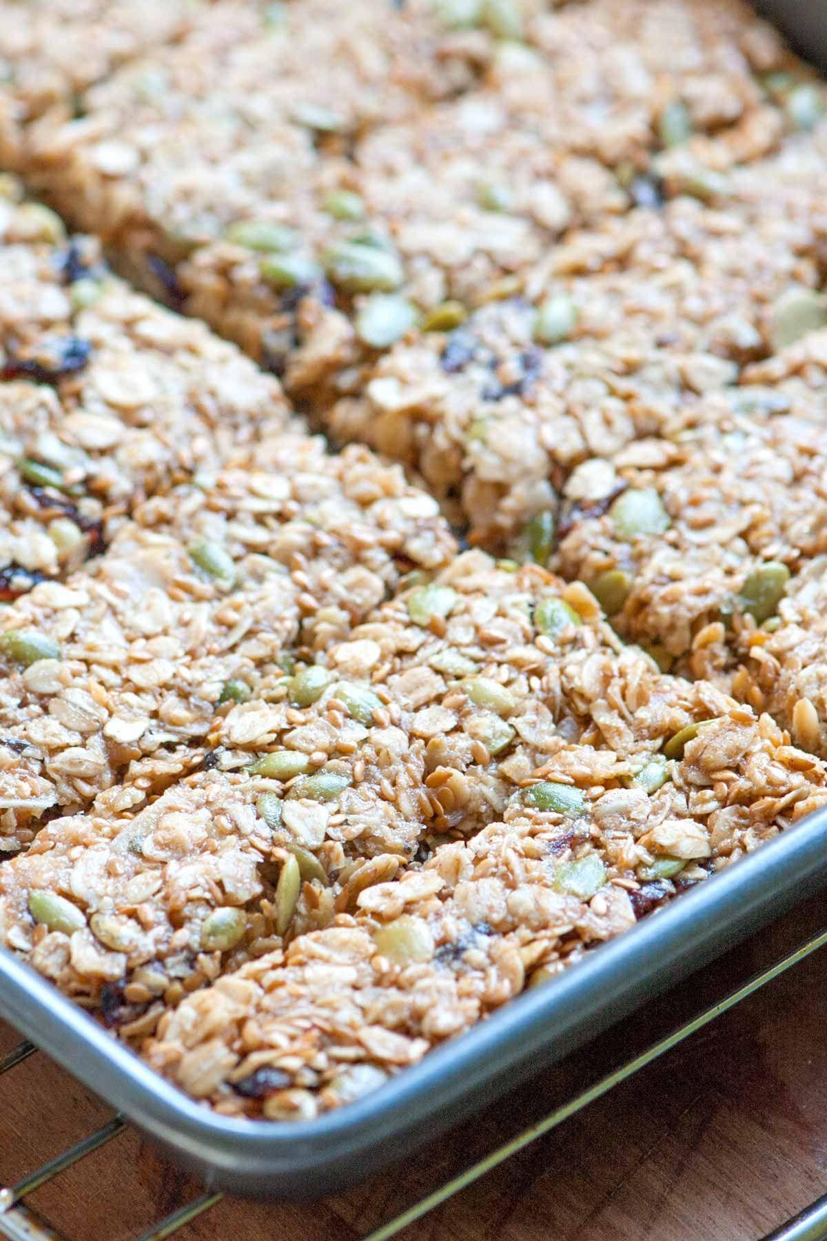 Homemade Baked Granola Bars | Recipe in 2020 | No bake ...