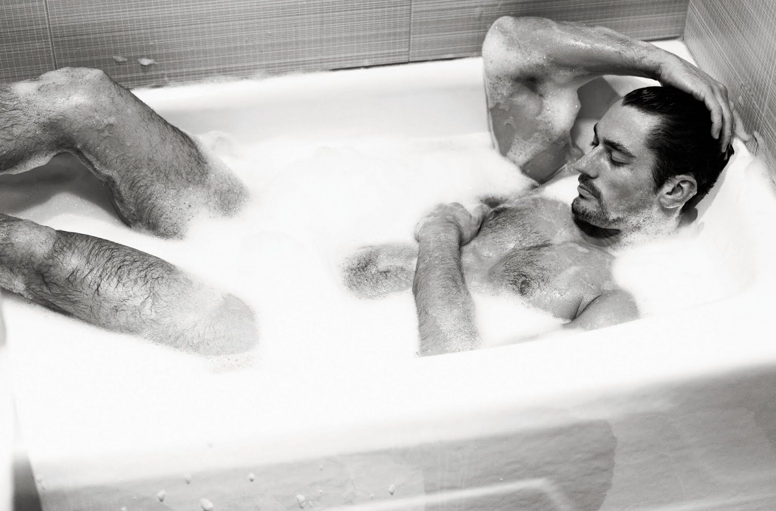 Hot Guy Kicking Back In The Tub And Makes Me Want To Jump Right In.