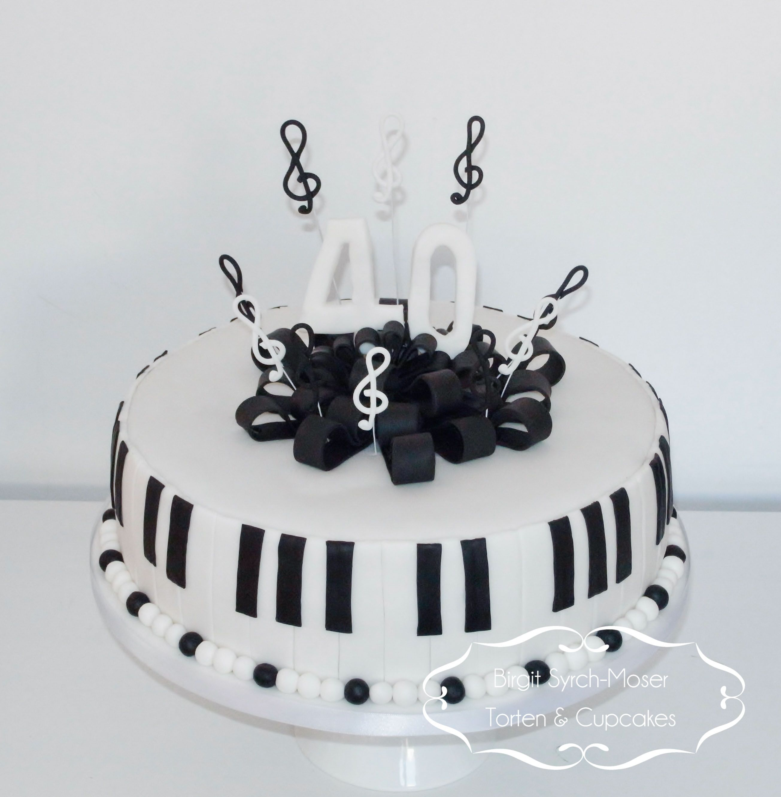 Music Birthday Cake Black and White Birthday Cake Music cake