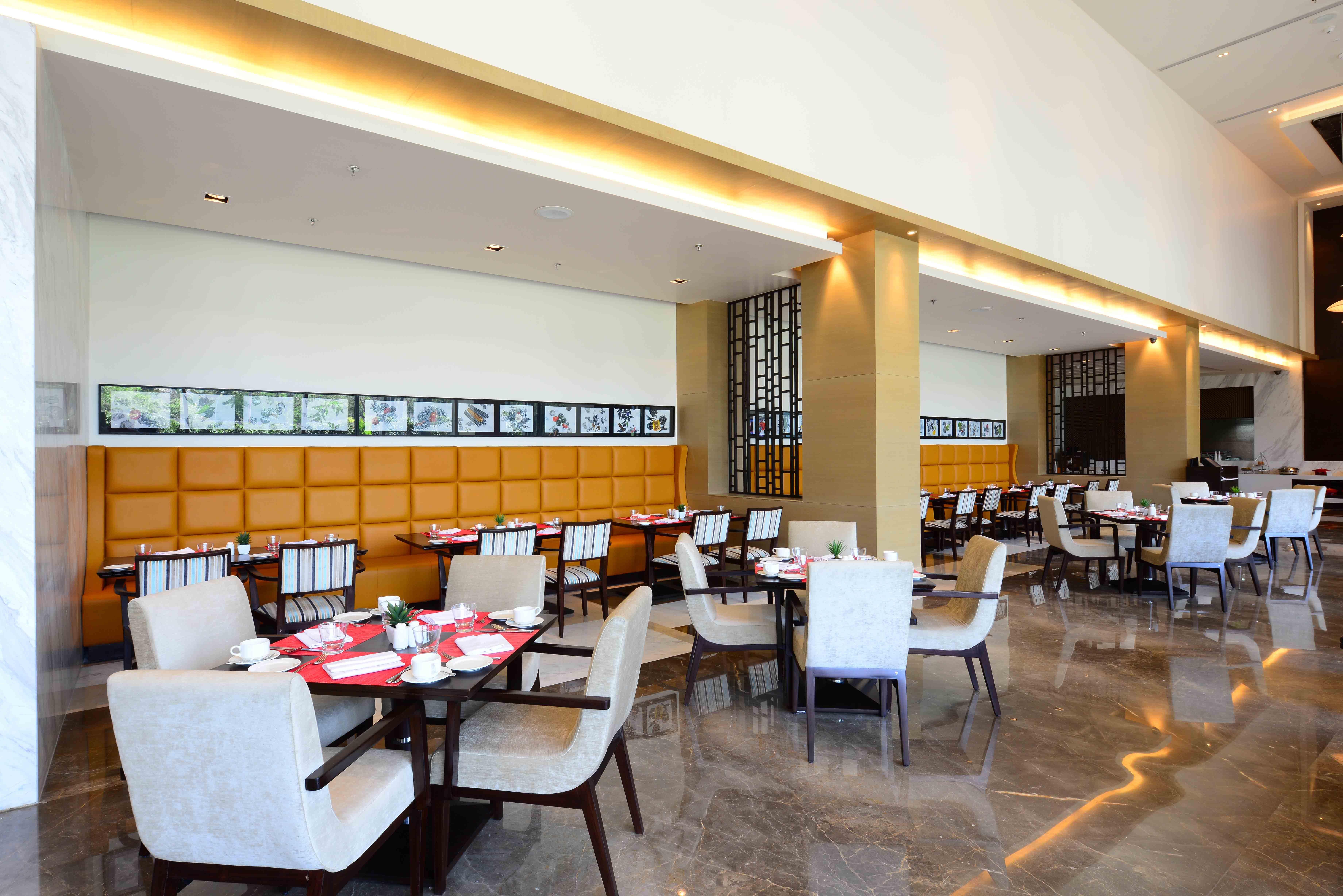 Restaurant Interior Design Ideas India 2020 By Urban Reflection Interior In 2020 Restaurant Interior Design Cafe Interior Design Restaurant Interior