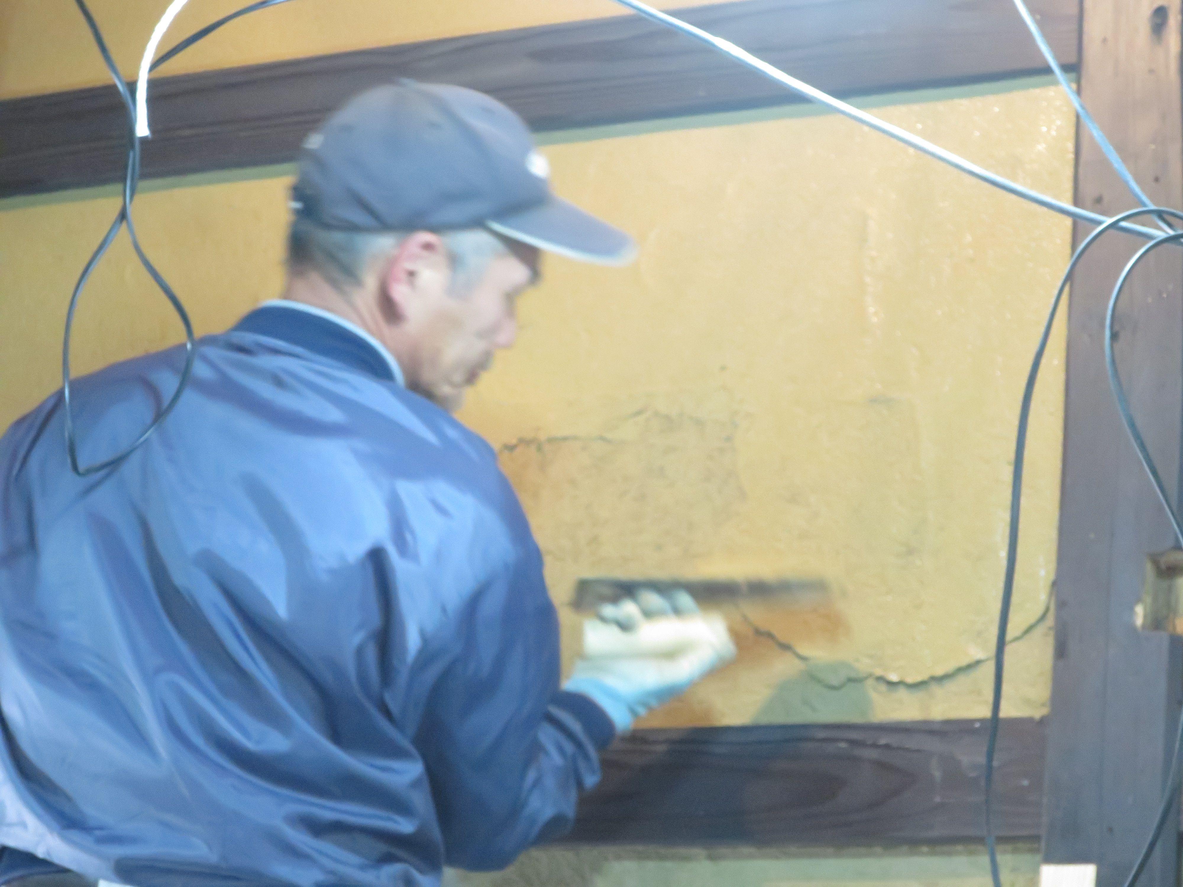 左官土壁・上塗り作業