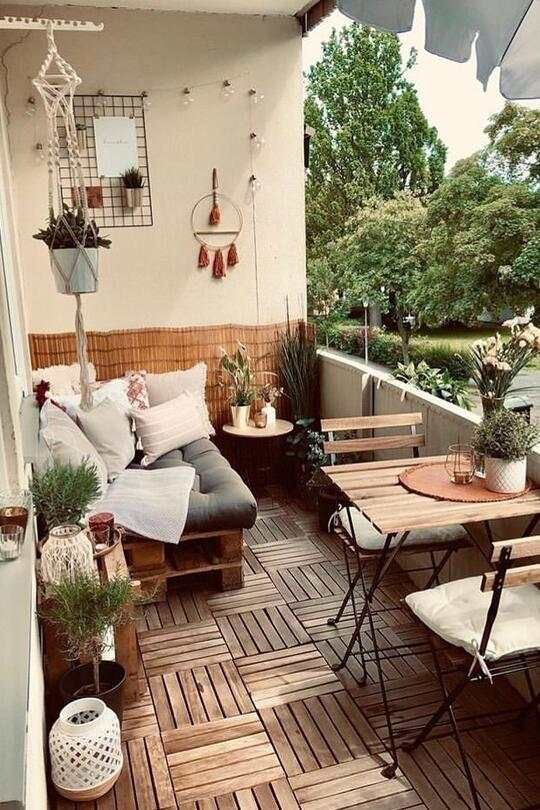 Vom Mini-Balkon zum Platzwunder in 5 Schritten