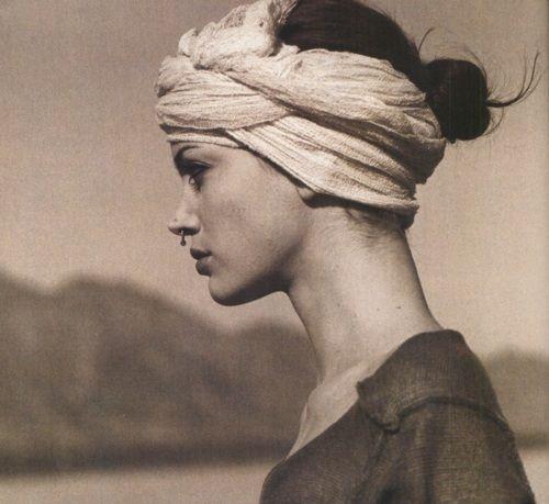 Stunning Frau