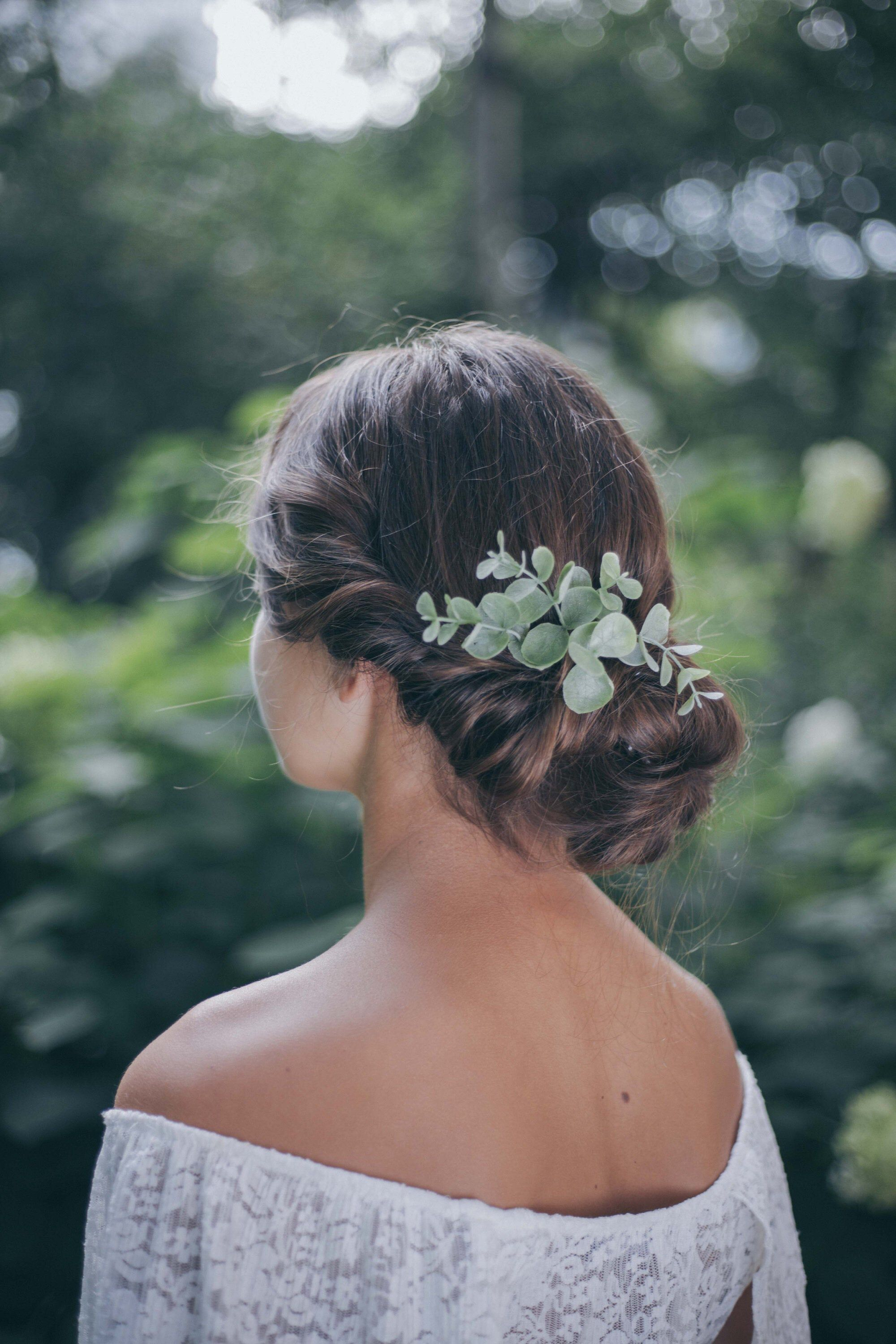 Wedding hair accessories for bride Greenery hair comb   Etsy ...
