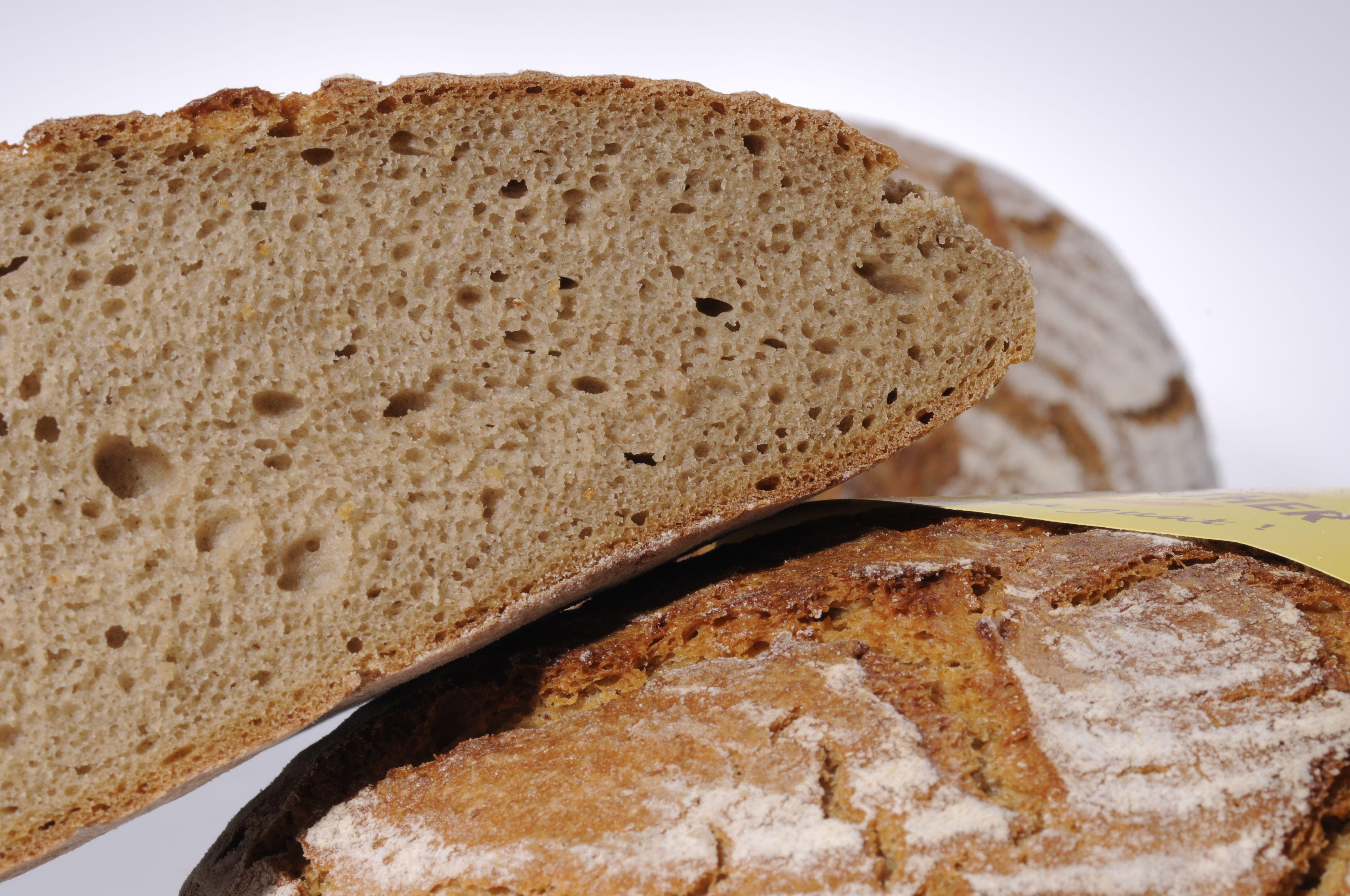 Enjoy the amazing handmade dark bread of Bäckerei Wienerroither -https://www.meisterstrasse.com/baecker-wienerroither- #meisterstrasse #mastersguild #österreich #austria #handwerk #brot #genuss #essen #kulinarik #bäckerei #food #foodie #foodporn #handmade #craftsman #craftsmanship #culinary #enjoy #lifestyle