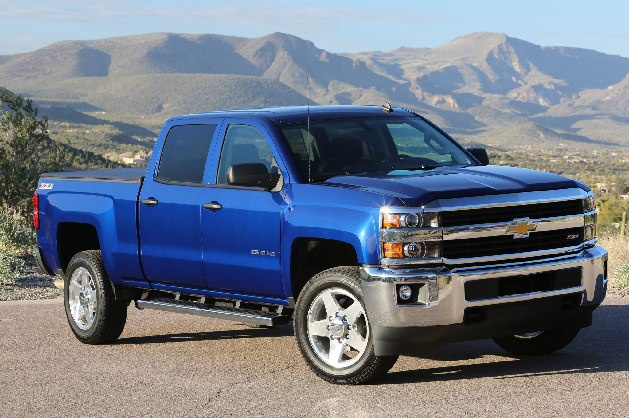 2015 Chevrolet Silverado 2500hd Lt Front View Photo 23 Chevrolet
