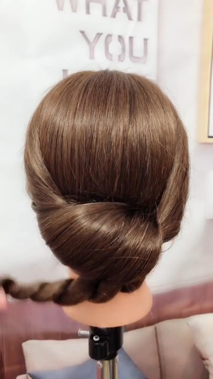 20 Braid Hairstyles Video Tutorials In 2019 Hair Videos Braided Hairstyles Long Hair Styles