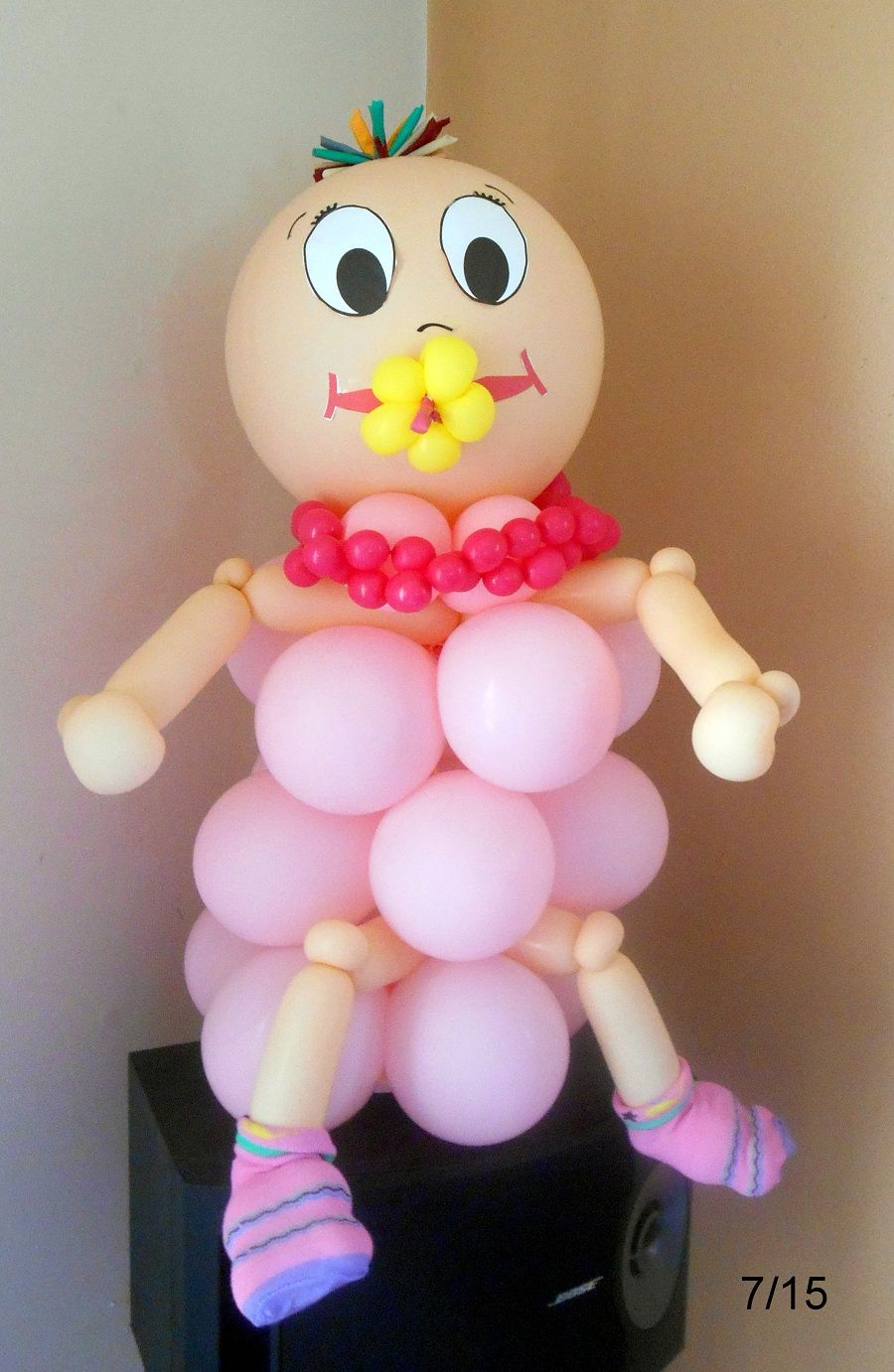 Welcome baby girl balloon decoration. | Baby shower balloon ...