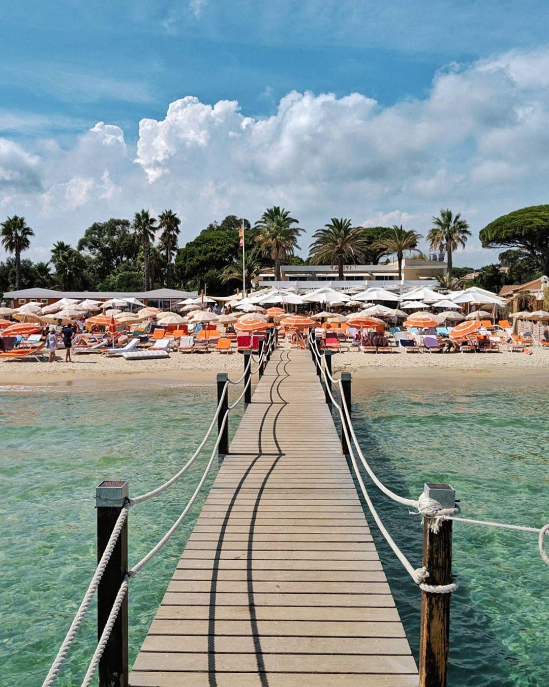 988 Mentions J Aime 22 Commentaires Côte D Azur Travel Luxury Cotedazur Sur Instagram Tahiti Beach Beach Club Luxury Travel Travel Beach Club