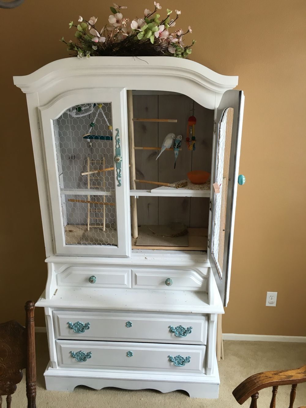 die besten 25 diy parakeet cage ideen auf pinterest selbstgebauter vogelk fig wellensittich. Black Bedroom Furniture Sets. Home Design Ideas
