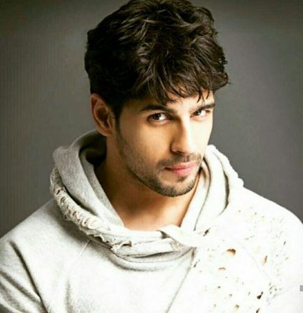 Sidharth Malhotra Hairstyle Brothers Indian Beard Style Beard Styles Cool Hairstyles