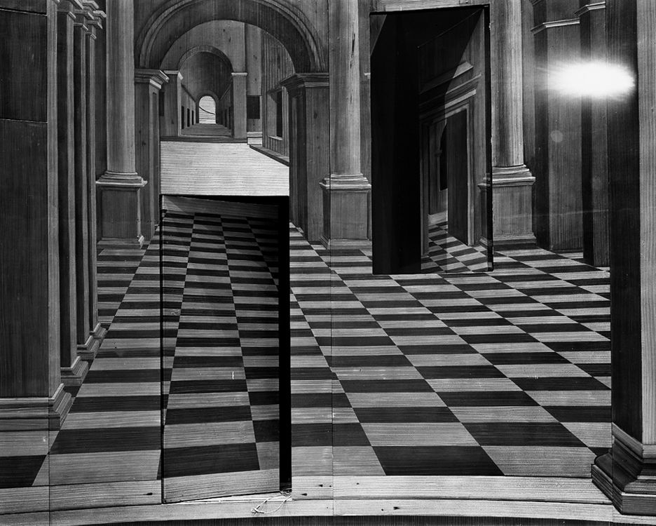 Romeo And Juliet Set, 2005, Abelardo Morell