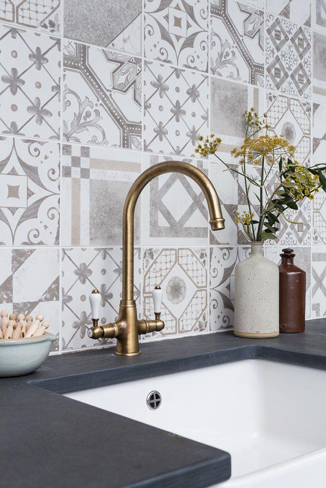 Gorgeous Palladio Grey Mix Tiles Mandarin Stone Decorative