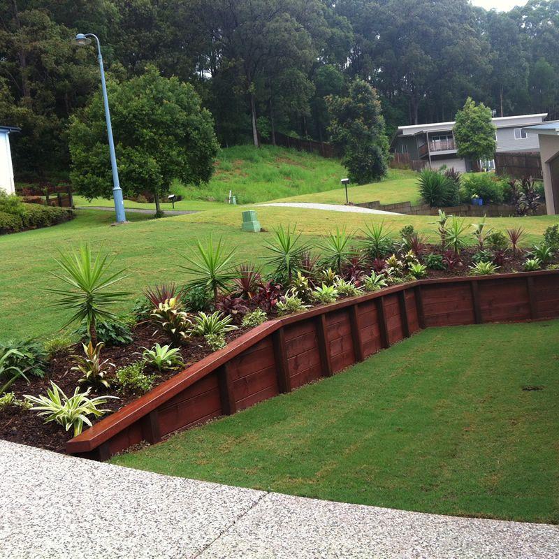 treated pine timber retaining wall manogarden garden. Black Bedroom Furniture Sets. Home Design Ideas