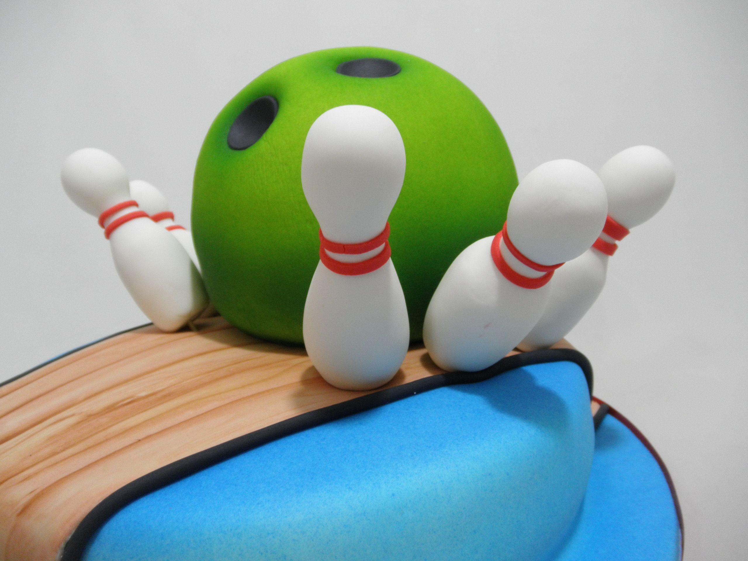 bowling cake tortas talladas y modelados en azúcar pinterest