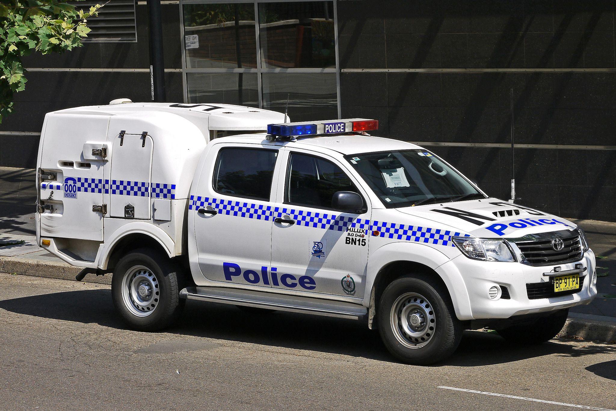 https://flic.kr/p/KRQHtU   NSW Police Police van