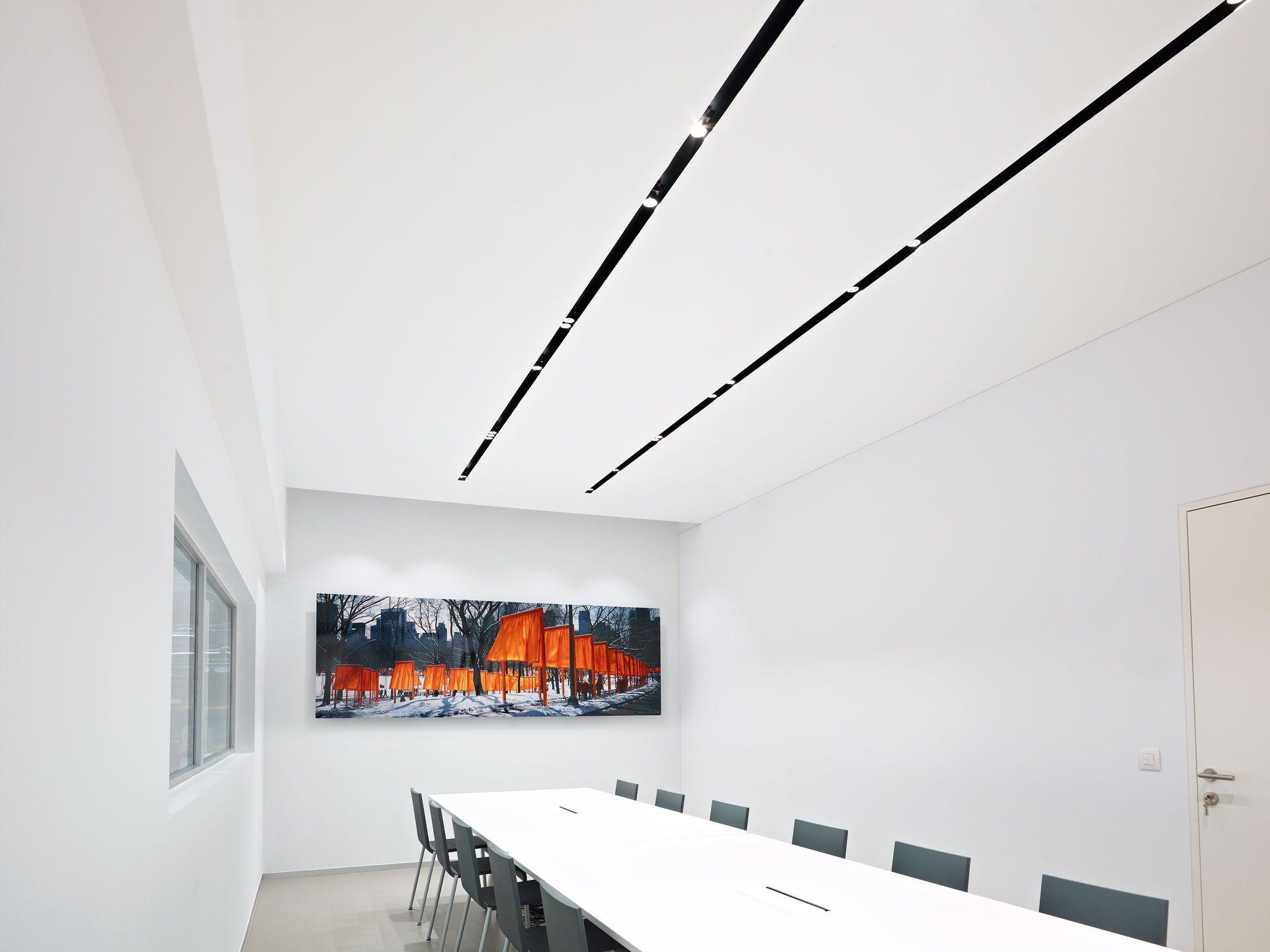 Delta Light Splitline Juvani Architectural Lighting