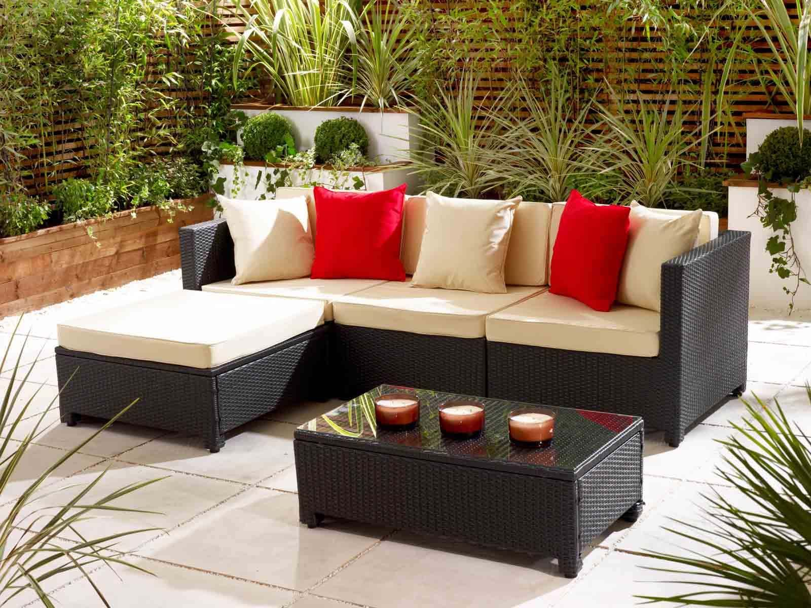 A Little Look At Our Rattan Cube Dining Set Kbhomes Small Patio