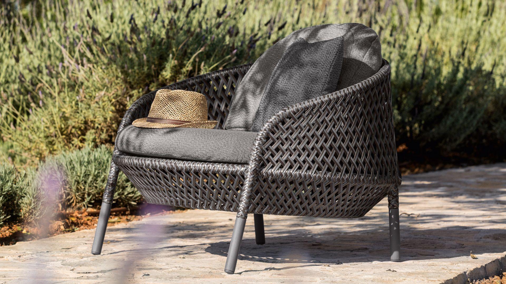 Dedon Ahnda Lounge Chair Patio Furniture In 2019 Outdoor