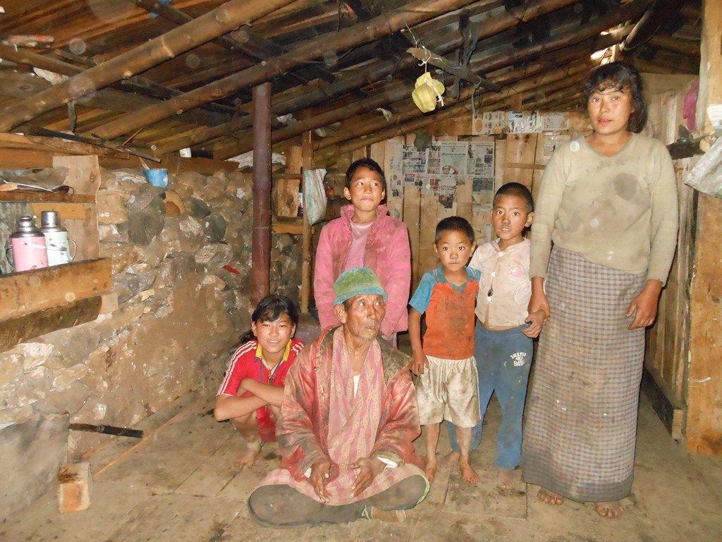 Poor People In Bhutan Poor Bhutanese Family In Home Poor People Bhutan Bhutanese