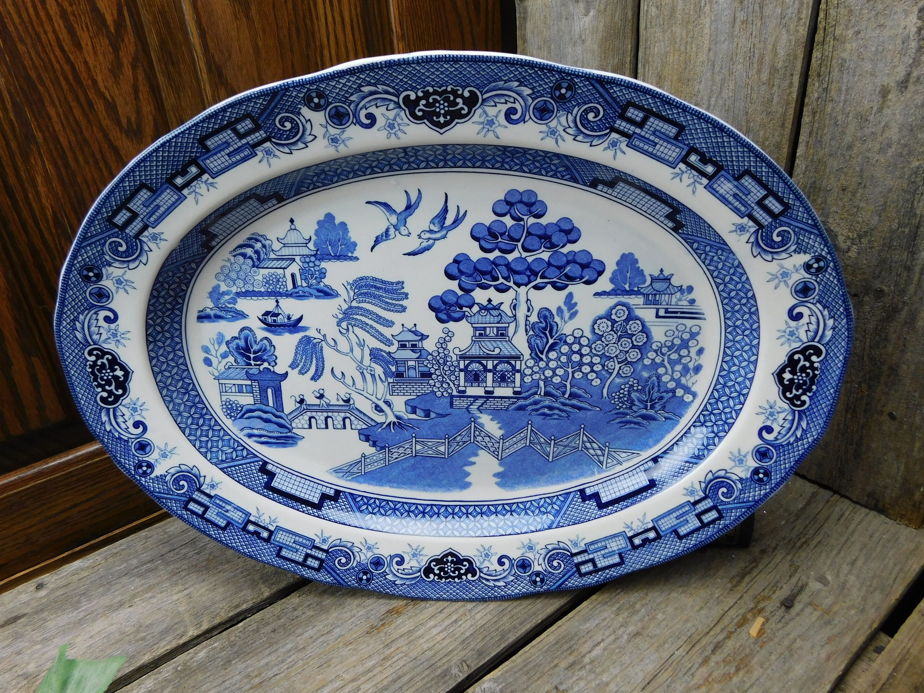 Vintage Heritage Mint Ltd. Blue Willow Large Oval Platter & Vintage Heritage Mint Ltd. Blue Willow Large Oval Platter by ...