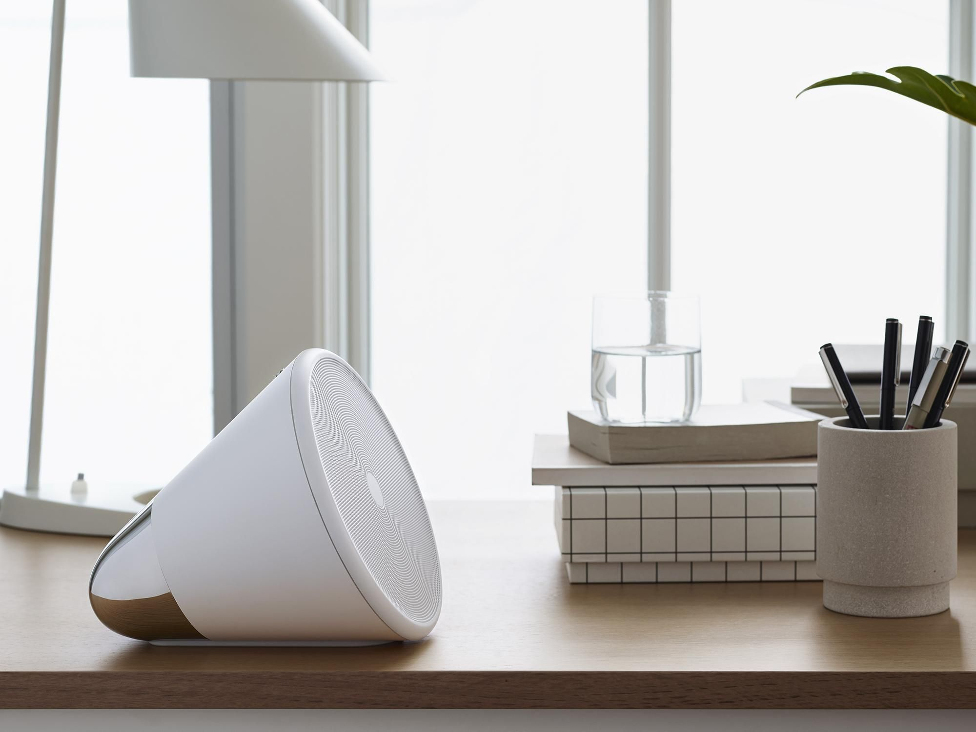 Thinking music player cone speakers